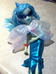 Bratz Bratzillaz Midnight Beach Doll.jpg